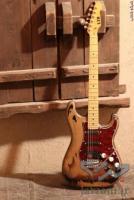 :: گیتار های باکیفیت برای فروش